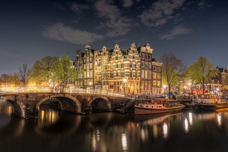 Chansons sur le voyage Amsterdam de Brel