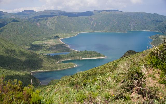 les-açores-lac-cratère